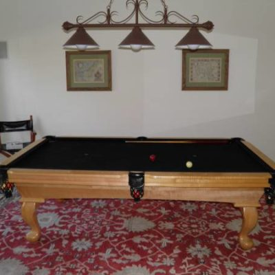 Billiard Table / Pool Table