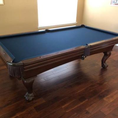 Gorgeous Wood 8 foot Pool Table